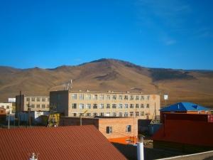 Yarmag, au pied des collines